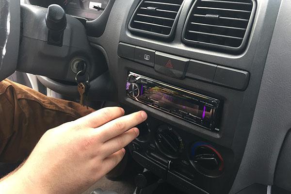 Speakers Bluetooth Radio 2003 Hyundai Accent Radio